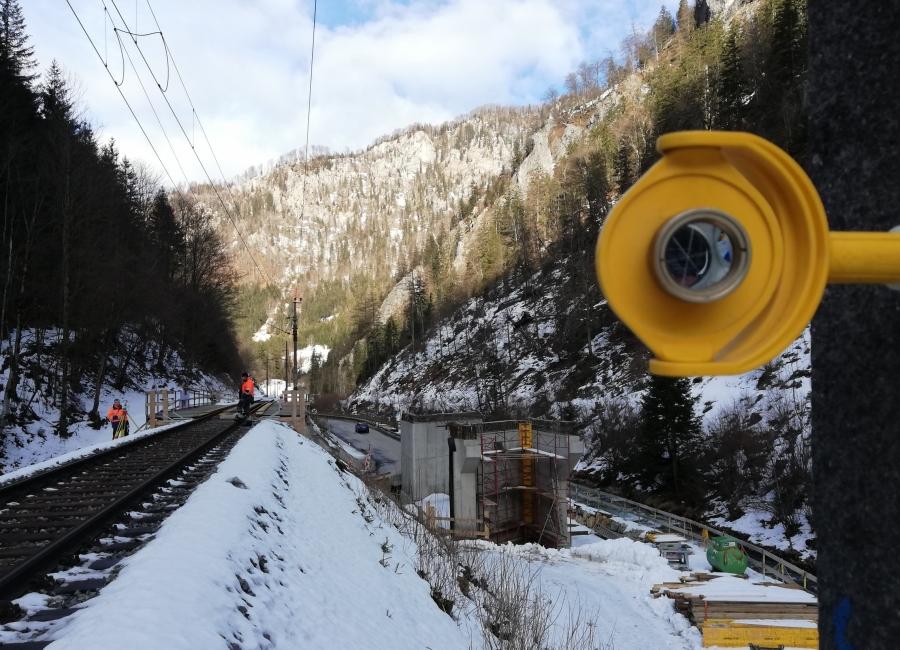 Foto der Vermessung einer Bahnstrecke